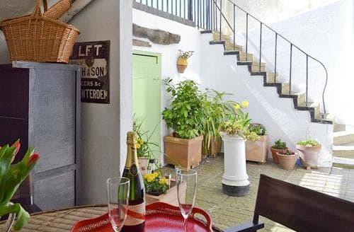 Last Minute Cottages - Quaint Hastings Apartment S50202