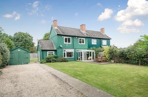 Big Cottages - Beautiful Lymington Cottage S14103