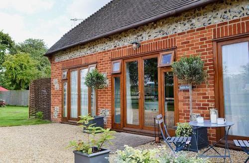 Last Minute Cottages - Excellent Ringwood Cottage S14122