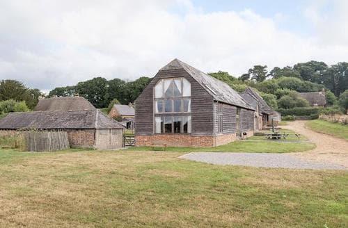 Big Cottages - Attractive Ringwood Cottage S14137