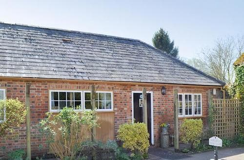 Last Minute Cottages - Tasteful Ringwood Cottage S14131