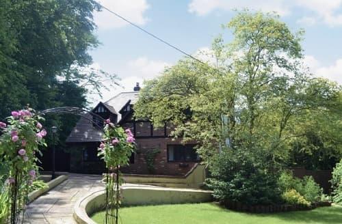 Big Cottages - Tasteful Southampton Cottage S14154