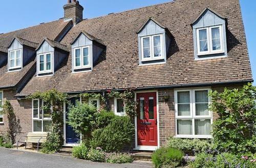 Big Cottages - Superb Newport Cottage S14268