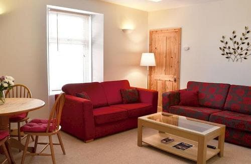Last Minute Cottages - Lovely Alnwick Apartment S80487