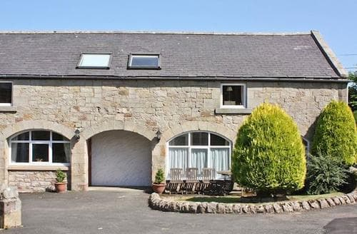 Last Minute Cottages - Beautiful Bamburgh Cottage S14433