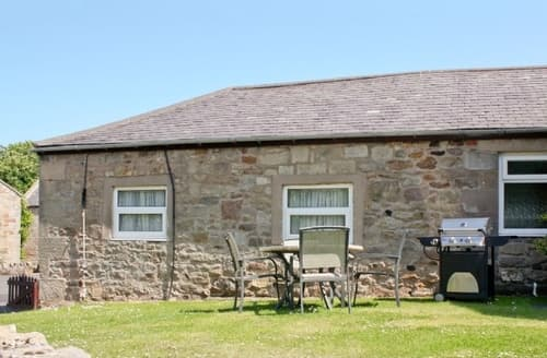 Big Cottages - Wonderful Bamburgh Cottage S14428