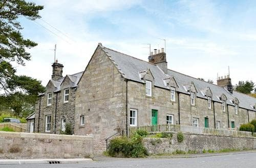 Big Cottages - Inviting Bamburgh Cottage S50161