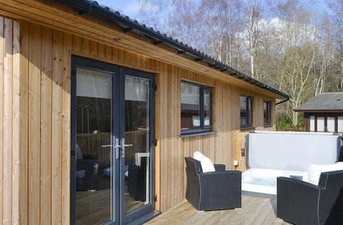 Big Cottages - Splendid Otterburn Lodge S94865