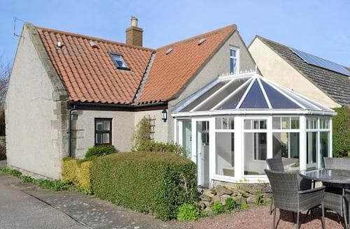 Big Cottages - Superb Seahouses Cottage S14680