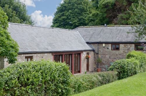 Big Cottages - Tasteful Wooler Cottage S14747