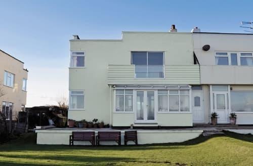 Last Minute Cottages - Superb Bridlington Apartment S14835