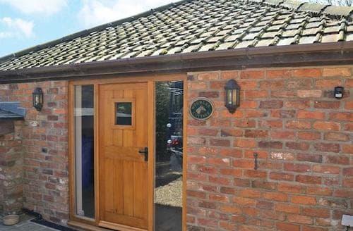 Last Minute Cottages - Beautiful Driffield Cottage S80790
