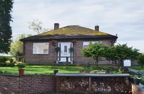 Last Minute Cottages - Excellent Danby Cottage S15034