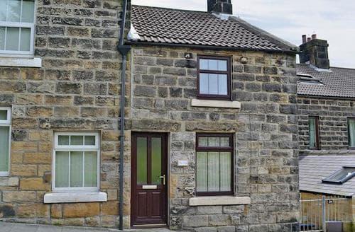 Last Minute Cottages - Quaint Glaisdale Cottage S60608