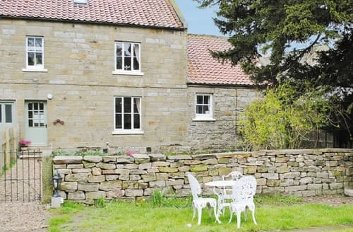 Big Cottages - Tasteful Goathland Cottage S15122