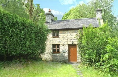 Last Minute Cottages - Beautiful Snowdonia Cottage S26915