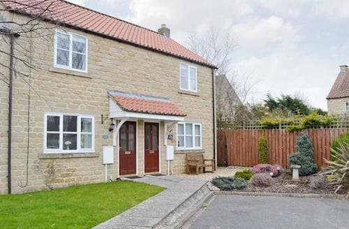 Last Minute Cottages - Attractive Helmsley Cottage S15193
