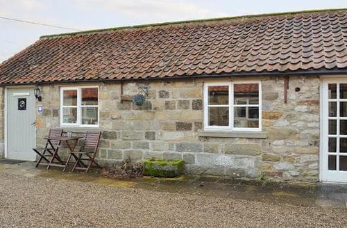 Last Minute Cottages - Quaint Kirkbymoorside Cottage S75246