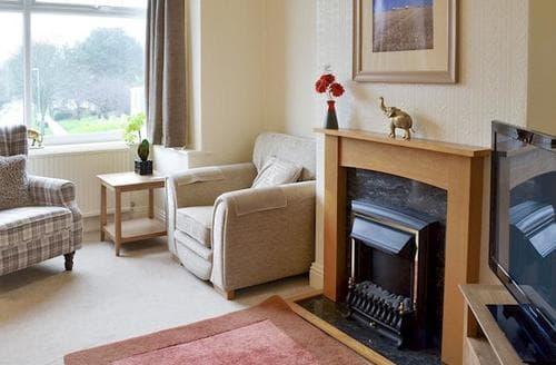 Big Cottages - Delightful Scarborough Cottage S77147