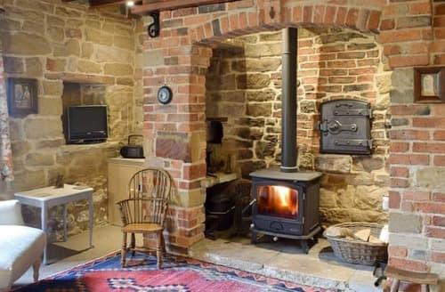 Big Cottages - Tasteful Scarborough Cottage S113574