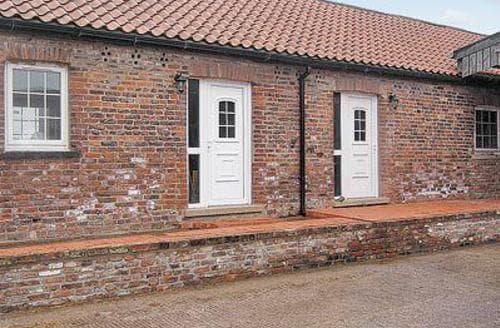 Big Cottages - Tasteful Selby Cottage S15471