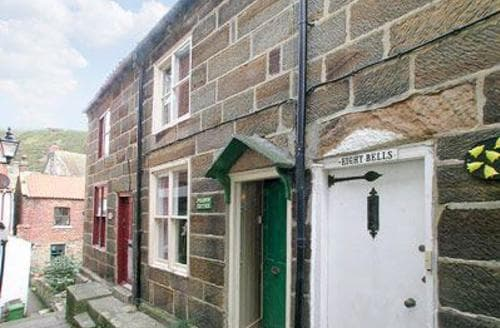 Last Minute Cottages - Luxury Staithes Cottage S15518