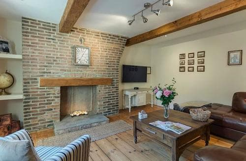Big Cottages - Captivating Whitby Cottage S88147