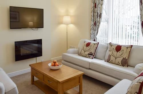 Big Cottages - Exquisite Whitby Cottage S93622