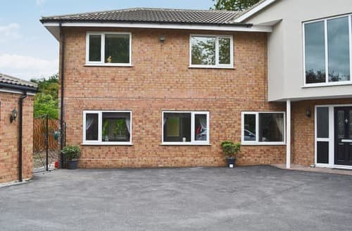 Last Minute Cottages - Attractive York Cottage S24863