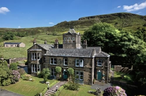 Big Cottages - Stunning Holmfirth Lodge S15673