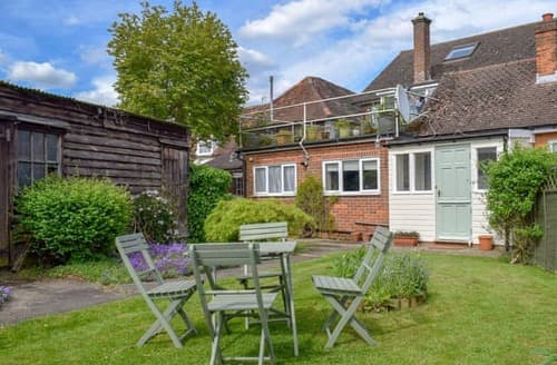 Last Minute Cottages - Attractive All Hertfordshire Apartment S101244
