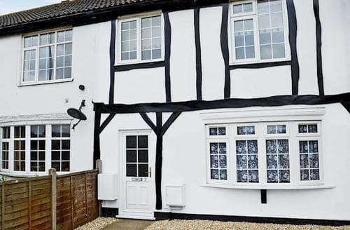 Last Minute Cottages - Delightful Mablethorpe Cottage S57782