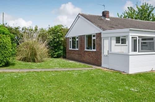 Big Cottages - Captivating Mablethorpe Cottage S102908