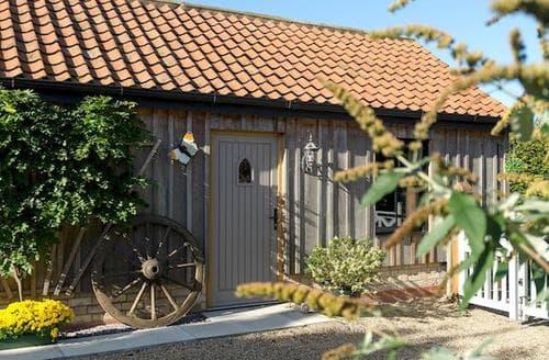 Last Minute Cottages - Cosy Market Rasen Cottage S86288