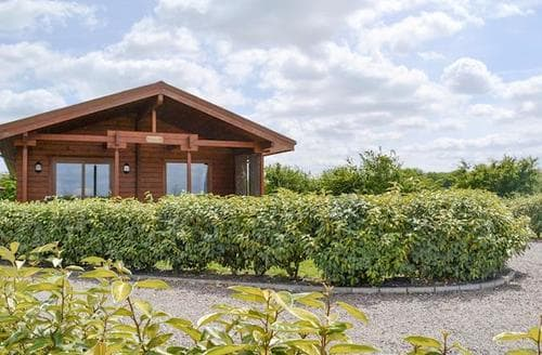 Last Minute Cottages - Attractive Skegness Lodge S78963