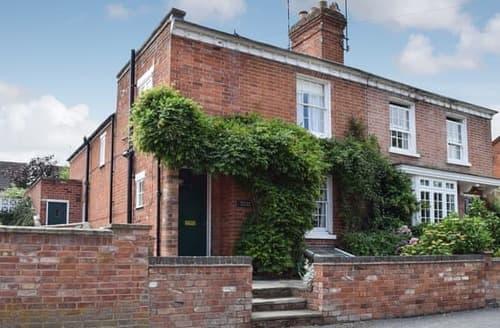 Last Minute Cottages - Luxury Stratford Upon Avon Cottage S15931