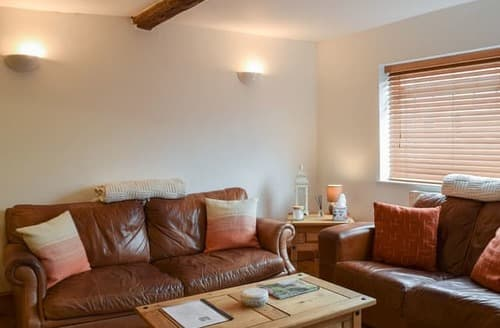 Last Minute Cottages - Cosy Stratford Upon Avon Cottage S121186