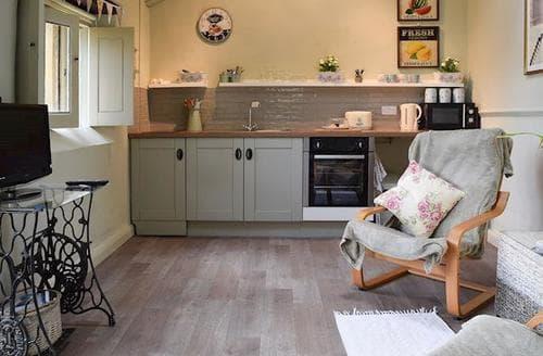 Last Minute Cottages - Wonderful All Rutland Cottage S84462