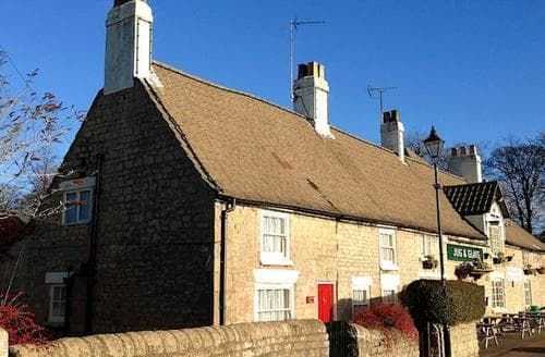 Last Minute Cottages - Quaint All Nottinghamshire Cottage S15977