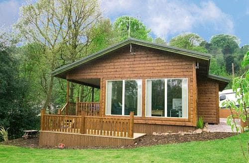 Last Minute Cottages - Inviting Leek Lodge S15992