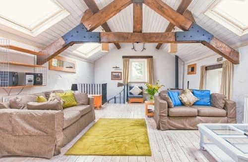 Last Minute Cottages - Luxury Leek Cottage S16034