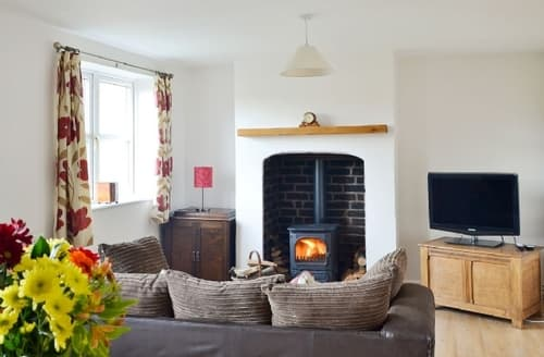 Big Cottages - Attractive Stoke On Trent Cottage S16076