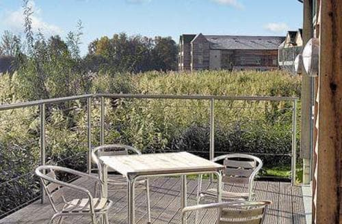 Last Minute Cottages - Wonderful Cirencester Apartment S16168