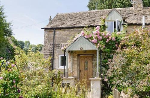 Last Minute Cottages - Adorable Stroud Cottage S16324