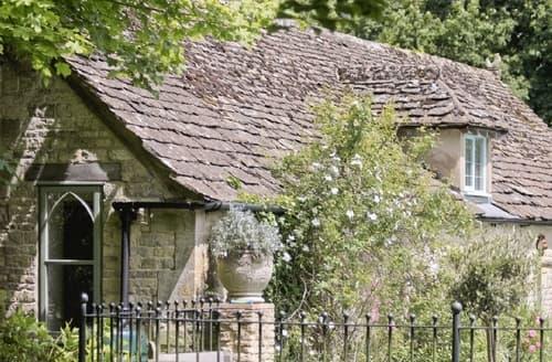 Last Minute Cottages - Quaint Stroud Lodge S16322