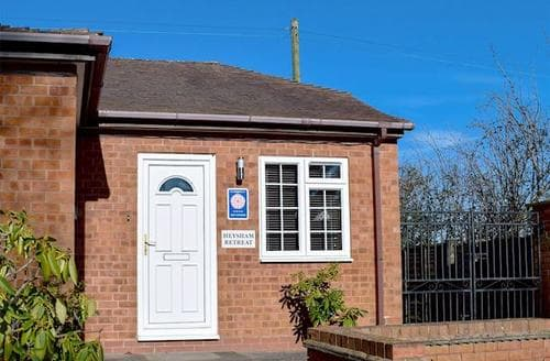 Last Minute Cottages - Adorable Evesham Cottage S42532