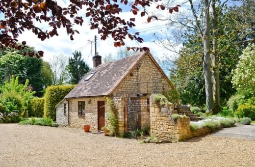 Last Minute Cottages - Quaint Evesham Cottage S24895