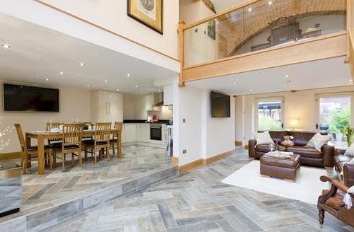 Big Cottages - Lovely Ashbourne Cottage S76908