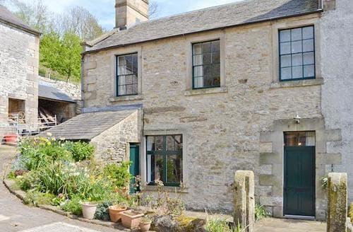Big Cottages - Tasteful Bakewell Cottage S50324