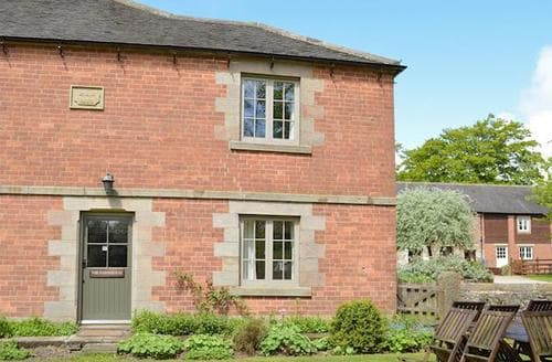 Last Minute Cottages - Wonderful Brassington Cottage S16502